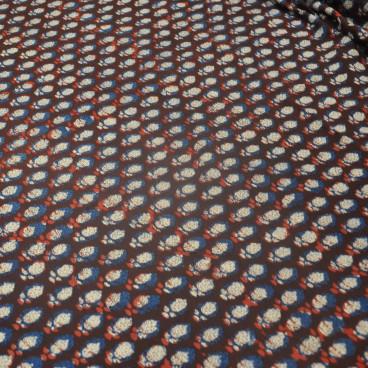 Corte tela estampado manual flores cerradas