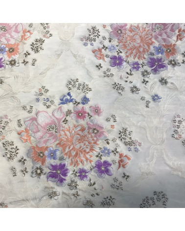 Corte Tela Seda flores fondo blanco roto