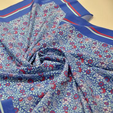 Pañuelo azul y rojo GIRONÉS-VILA